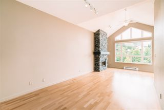 """Photo 11: 509 14 E ROYAL Avenue in New Westminster: Fraserview NW Condo for sale in """"Victoria Hill"""" : MLS®# R2472511"""