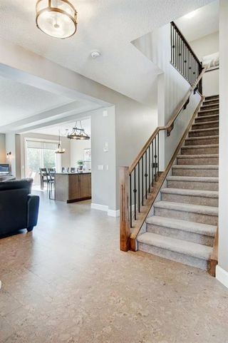 Photo 3: 130 WINDRIDGE Road SW: Airdrie Detached for sale : MLS®# A1014817