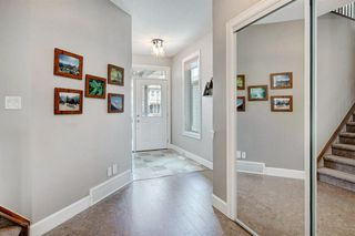 Photo 2: 130 WINDRIDGE Road SW: Airdrie Detached for sale : MLS®# A1014817