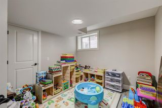 Photo 39: 15836 11 Avenue in Edmonton: Zone 56 House for sale : MLS®# E4207785