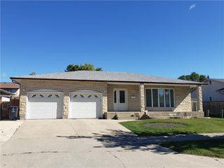 Main Photo: 51 Consulate Road in Winnipeg: Old Kildonan Residential for sale (4F)  : MLS®# 202022580