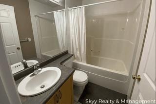 Photo 11: University Ave in Edmonton: House Duplex for rent