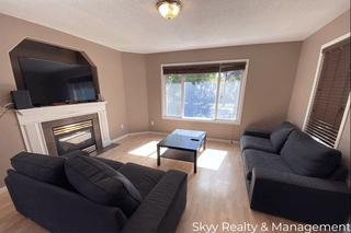 Photo 3: University Ave in Edmonton: House Duplex for rent