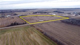 Photo 1: 0 PTH 8 Highway in Riverton: RM of Bifrost Farm for sale (R19)  : MLS®# 202025956