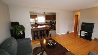 Photo 4: 31 Bayview Drive in Winnipeg: Transcona Residential for sale (North East Winnipeg)  : MLS®# 1221452