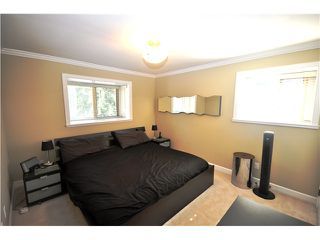 Photo 7: 3115 SUNNYHURST Road in North Vancouver: Lynn Valley House Duplex for sale : MLS®# V972799