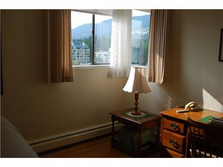 Photo 4: # 1004 555 13TH ST in West Vancouver: Ambleside Condo for sale : MLS®# V966555