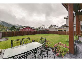 "Photo 5: 41510 GOVERNMENT Road in Squamish: Brackendale House for sale in ""Brackendale"" : MLS®# V1030262"