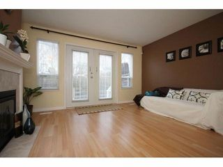 "Photo 3: # 7 15488 101A AV in Surrey: Guildford Townhouse for sale in ""COBBLEFIELD LANE"" (North Surrey)  : MLS®# F1401306"