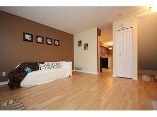 "Photo 4: # 7 15488 101A AV in Surrey: Guildford Townhouse for sale in ""COBBLEFIELD LANE"" (North Surrey)  : MLS®# F1401306"