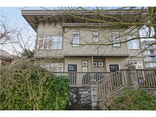 "Photo 1: 1 119 E 6TH Street in North Vancouver: Lower Lonsdale Townhouse for sale in ""CARRIAGE GATE LANE"" : MLS®# V1049738"
