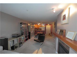 "Photo 7: 304 1428 PARKWAY Boulevard in Coquitlam: Westwood Plateau Condo for sale in ""MONTREAUX"" : MLS®# V1072505"
