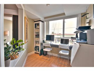 """Photo 16: 203 1718 VENABLES Street in Vancouver: Grandview VE Condo for sale in """"THE DRIVE-CITY VIEW TERRACES"""" (Vancouver East)  : MLS®# V1108596"""