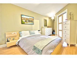 """Photo 13: 203 1718 VENABLES Street in Vancouver: Grandview VE Condo for sale in """"THE DRIVE-CITY VIEW TERRACES"""" (Vancouver East)  : MLS®# V1108596"""