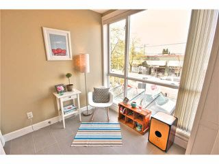 """Photo 17: 203 1718 VENABLES Street in Vancouver: Grandview VE Condo for sale in """"THE DRIVE-CITY VIEW TERRACES"""" (Vancouver East)  : MLS®# V1108596"""