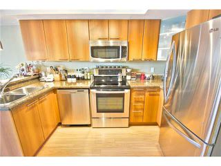 """Photo 9: 203 1718 VENABLES Street in Vancouver: Grandview VE Condo for sale in """"THE DRIVE-CITY VIEW TERRACES"""" (Vancouver East)  : MLS®# V1108596"""