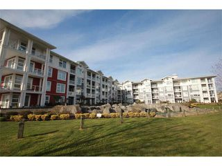 "Photo 2: 402 4600 WESTWATER Drive in Richmond: Steveston South Condo for sale in ""COPPER SKY"" : MLS®# V1110411"