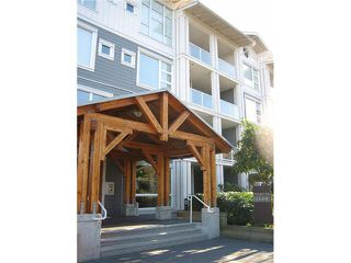 "Photo 1: 402 4600 WESTWATER Drive in Richmond: Steveston South Condo for sale in ""COPPER SKY"" : MLS®# V1110411"