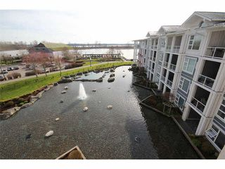 "Photo 4: 402 4600 WESTWATER Drive in Richmond: Steveston South Condo for sale in ""COPPER SKY"" : MLS®# V1110411"