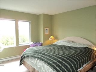 """Photo 9: 18 1765 PADDOCK Drive in Coquitlam: Westwood Plateau Townhouse for sale in """"WORTHING GREEN"""" : MLS®# V1111554"""