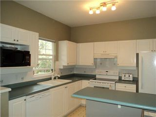 """Photo 3: 18 1765 PADDOCK Drive in Coquitlam: Westwood Plateau Townhouse for sale in """"WORTHING GREEN"""" : MLS®# V1111554"""