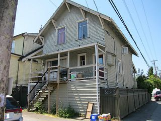 Photo 3: 2026 MACDONALD Street in Vancouver: Kitsilano House for sale (Vancouver West)  : MLS®# V1130765