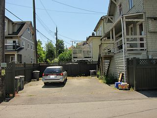 Photo 6: 2026 MACDONALD Street in Vancouver: Kitsilano House for sale (Vancouver West)  : MLS®# V1130765