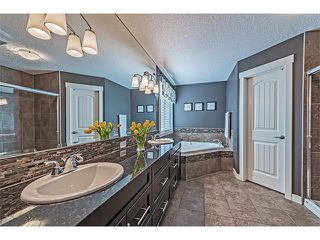 Photo 30: 12 ROCKFORD Terrace NW in Calgary: Rocky Ridge House for sale : MLS®# C4050751
