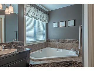 Photo 31: 12 ROCKFORD Terrace NW in Calgary: Rocky Ridge House for sale : MLS®# C4050751