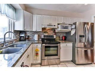 "Photo 11: 162 15501 89A Avenue in Surrey: Fleetwood Tynehead Townhouse for sale in ""AVONDALE"" : MLS®# R2058419"