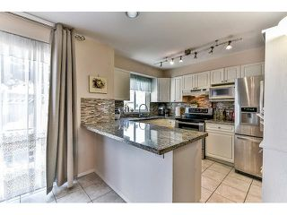 "Photo 10: 162 15501 89A Avenue in Surrey: Fleetwood Tynehead Townhouse for sale in ""AVONDALE"" : MLS®# R2058419"