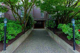 "Main Photo: 401 3680 W 7TH Avenue in Vancouver: Kitsilano Condo for sale in ""JERICHO HOUSE"" (Vancouver West)  : MLS®# R2078585"