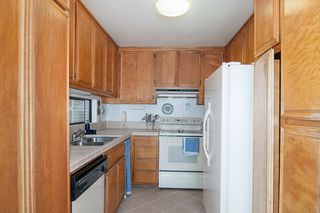 Photo 7: PACIFIC BEACH Condo for sale : 2 bedrooms : 1235 Parker Place #3E in San Diego