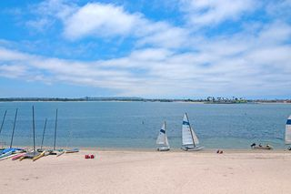 Photo 16: PACIFIC BEACH Condo for sale : 2 bedrooms : 1235 Parker Place #3E in San Diego
