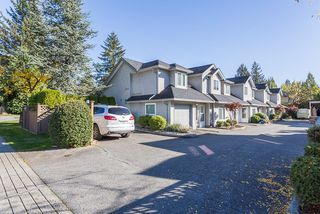 """Photo 2: 13 19274 FORD Road in Pitt Meadows: Central Meadows Townhouse for sale in """"Monterra South"""" : MLS®# R2114139"""