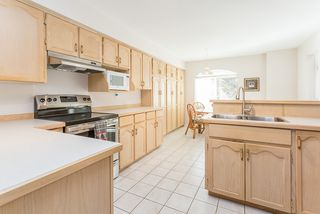 """Photo 7: 13 19274 FORD Road in Pitt Meadows: Central Meadows Townhouse for sale in """"Monterra South"""" : MLS®# R2114139"""