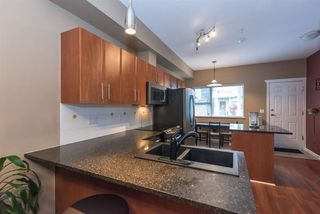 "Photo 3: 11 730 FARROW Street in Coquitlam: Coquitlam West Townhouse for sale in ""FARROW RIDGE"" : MLS®# R2120416"