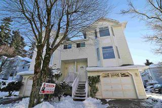 Photo 3: 30 15550 89 Avenue in Surrey: Fleetwood Tynehead Townhouse for sale : MLS®# R2128617