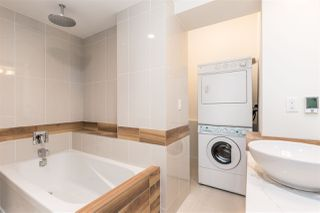 """Photo 18: 3008 SW MARINE Drive in Vancouver: Southlands House for sale in """"KERRISDALE- SOUTHLANDS"""" (Vancouver West)  : MLS®# R2138510"""