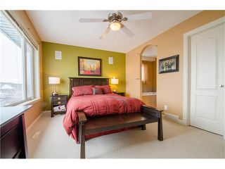 Photo 14: 243 STRATHRIDGE Place SW in Calgary: Strathcona Park House for sale : MLS®# C4101454