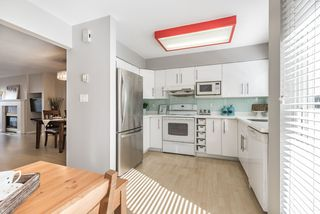 """Photo 8: 42 7831 GARDEN CITY Road in Richmond: Brighouse South Townhouse for sale in """"ROYAL GARDENS"""" : MLS®# R2147776"""