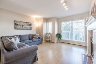 """Photo 11: 42 7831 GARDEN CITY Road in Richmond: Brighouse South Townhouse for sale in """"ROYAL GARDENS"""" : MLS®# R2147776"""