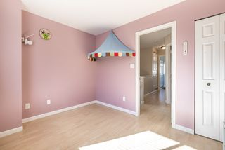 """Photo 16: 42 7831 GARDEN CITY Road in Richmond: Brighouse South Townhouse for sale in """"ROYAL GARDENS"""" : MLS®# R2147776"""