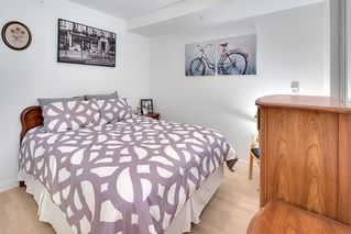 """Photo 6: 202 2468 BAYSWATER Street in Vancouver: Kitsilano Condo for sale in """"Bayswater"""" (Vancouver West)  : MLS®# R2161858"""