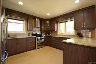 Photo 5: 96 Farlinger Bay in Winnipeg: Parkway Village Residential for sale (4F)  : MLS®# 1714137
