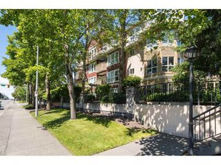 Photo 2: 406 1630 154 STREET in South Surrey White Rock: Home for sale : MLS®# R2088022