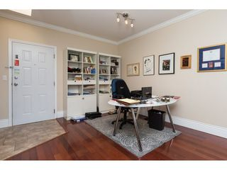 Photo 3: 406 1630 154 STREET in South Surrey White Rock: Home for sale : MLS®# R2088022
