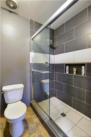 Photo 12: 35 Edgemont Drive in Winnipeg: Southdale Residential for sale (2H)  : MLS®# 1725208