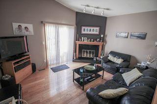 Photo 9: Great 3 bedroom, 1400 sqft, family home in great area of Kildonan Estates!
