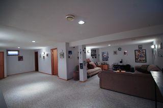 Photo 19: Great 3 bedroom, 1400 sqft, family home in great area of Kildonan Estates!